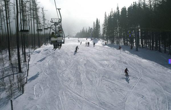 Karpacz. Stoki z widokiem na Śnieżkę