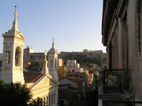 Ateny. Pod Akropolem… po sezonie