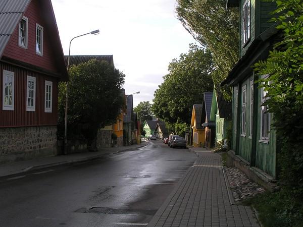 Troki. Karaimi z ulicy Karaimskiej