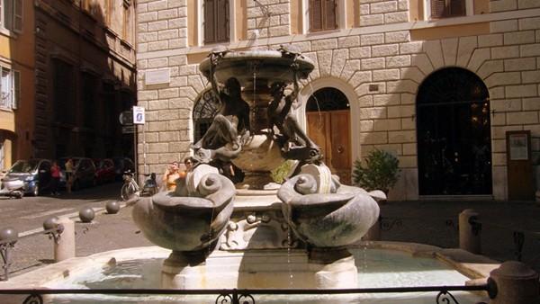 Rzym. Żółwie z fontanny znikały bez śladu…
