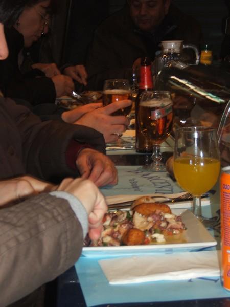 Barcelona. Lunch na rybnym bazarze