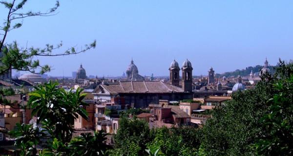 Rzym Ponad dachami… pod dachami…