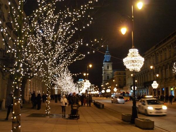 Warszawa Pełno światła na Trakcie