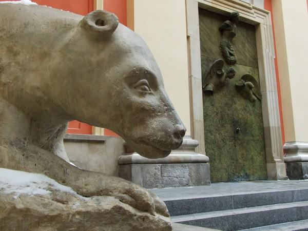 Warszawa Obudź starego niedźwiedzia