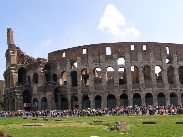Rzym Koloseum: najsłynniejszy amfiteatr