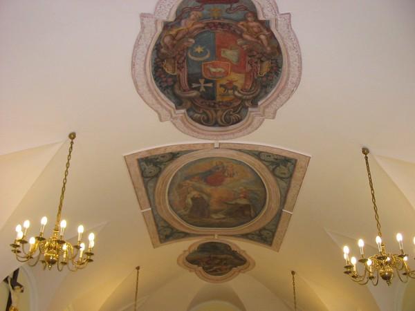 Warszawa Freski u karmelitów tylko raz w roku