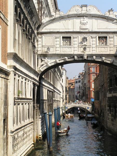 Wenecja. Jak wzdychać, to pod mostem