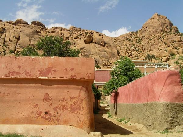 Tafraoute. Wśród czerwonych skał