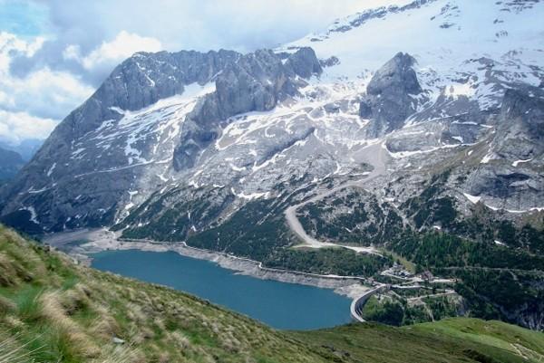 Dolomity. Palcem po mapie