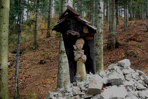Groń Jana Pawła II Beskidzki szlak ciszy i zadumy?