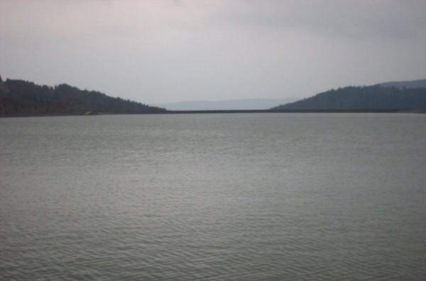 Żar. Góra z jeziorem na szczycie