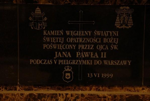 Warszawa. W katakumbach Opatrzności Bożej