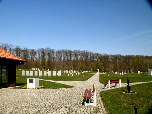 Glinna. Cmentarz niemieckich żołnierzy