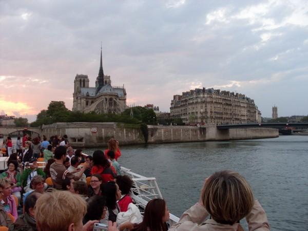 Paryż Statkiem po Sekwanie