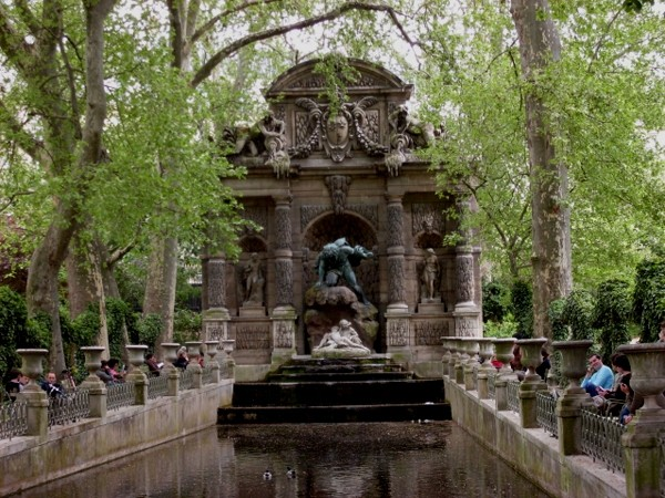 Paryż. W Ogrodach Luksemburskich