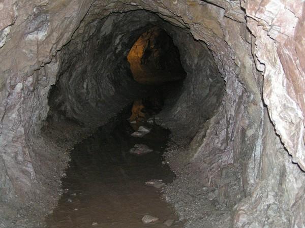 Kletno. W dawnej kopalni uranu