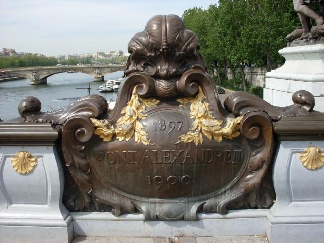 Paryż Na krańcach mostu Aleksandra