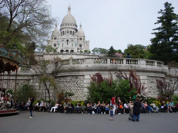 Paryż Na wzgórzu Montmartre