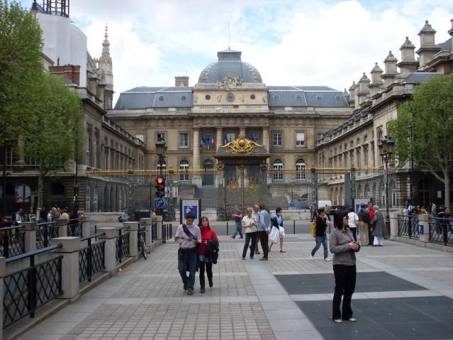 Paryż. Spacer przez Île de la Cité