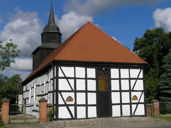 Świerzno Nie doceniają pruskich murów