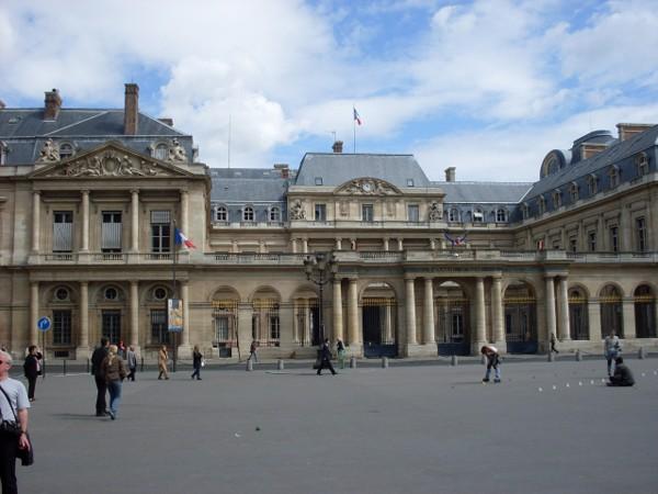 Paryż. Wokół placu Vendome