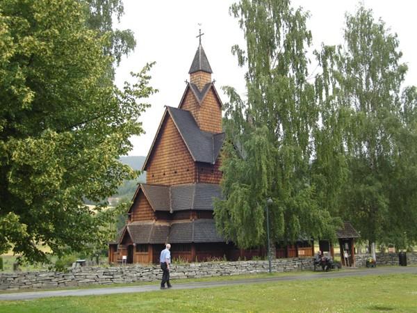 Heddal Katedra wśród stavkirke
