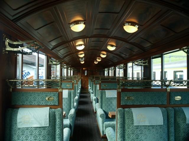 Montreux. Pociągiem z logo GoldenPass