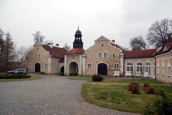 Galiny. Pałac ocalony od zguby