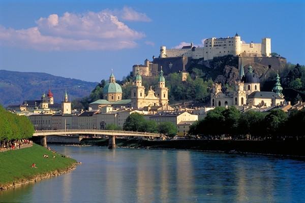 Salzburg. Twierdza nad Solną Rzeką