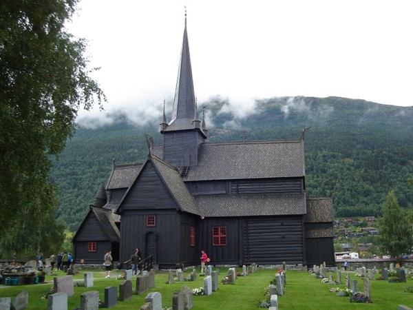 Lom Stav u stóp gór Jotunheimen