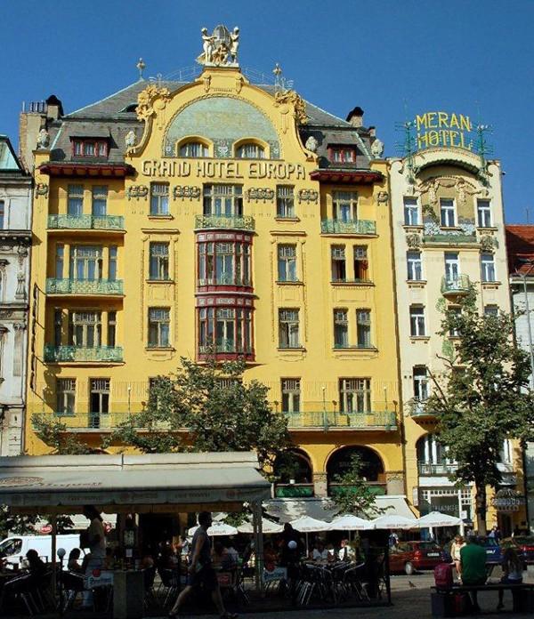 Praga. Wiek XX na Placu Wacława