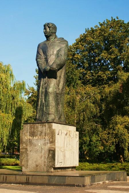 Poznań. Jak Mickiewicz zastąpił Stalina