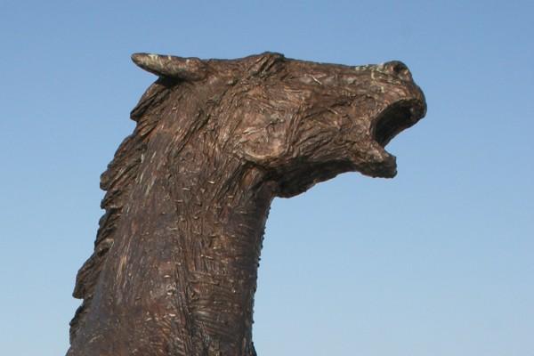 Pozořice. Pomnik poległych pod Austerlitz… koni