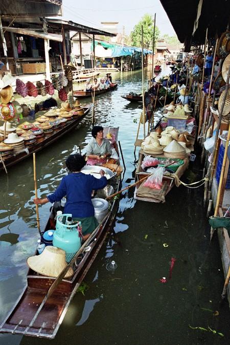 Damnoen Saduak. Tajski bazar na wodzie