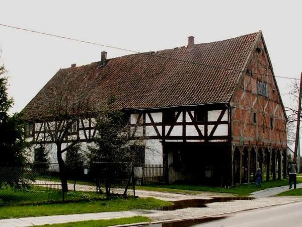 Nowa Kościelnica Najstarszy dom w Polsce
