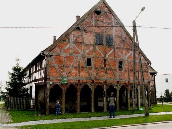 Nowa Kościelnica. Najstarszy dom w Polsce