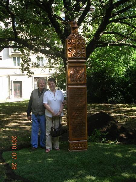 Tatabánya. Pomnik ofiar smoleńskiej katastrofy