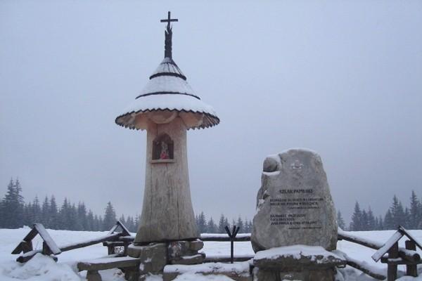 Zakopane. Papieskie pomniki pod Tatrami