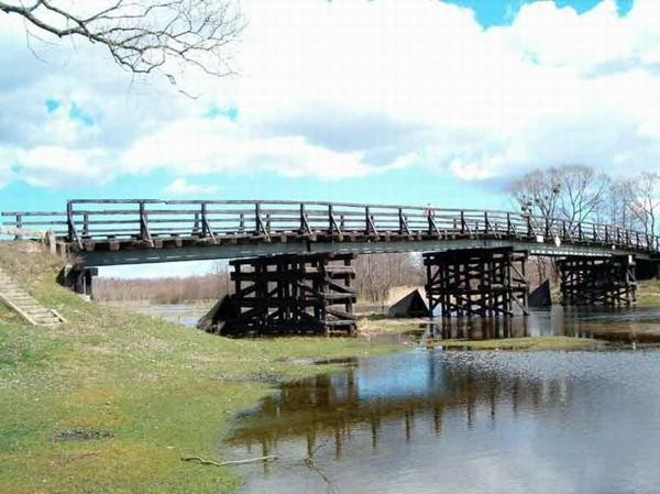 Cieciory Drewniane mosty na Pisie