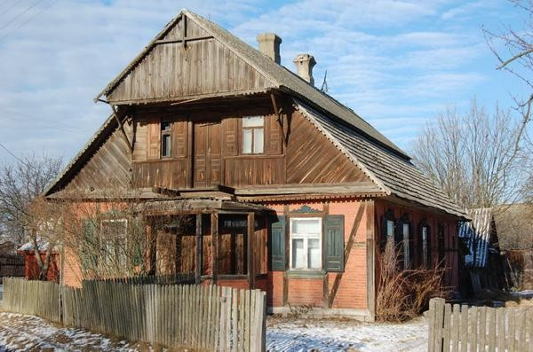 Wyryki Wieś z drewna budowana