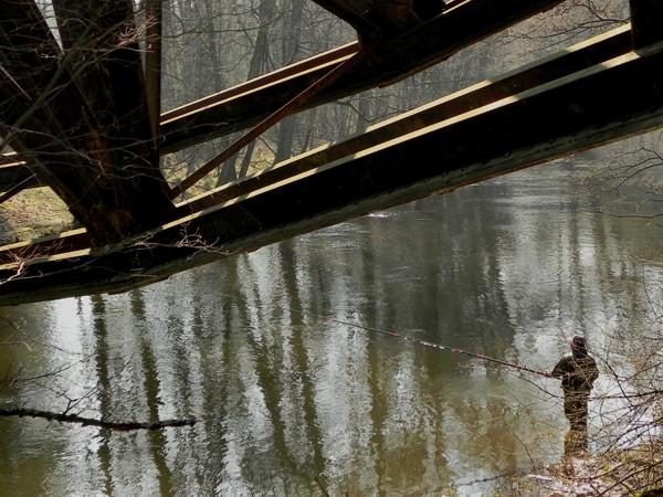Jastrowie. Zerwany most nad Gwdą