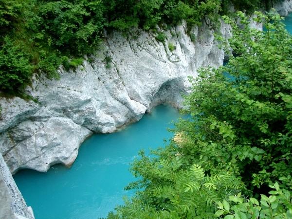 Dolina Sočy Do wodospadów Kozjak i Boka