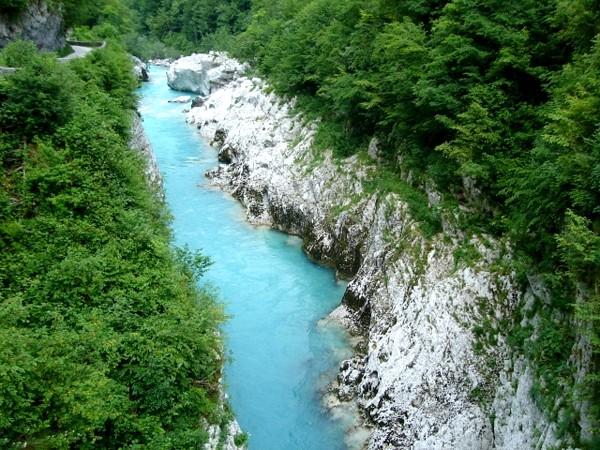 Dolina Sočy. Do wodospadów Kozjak i Boka