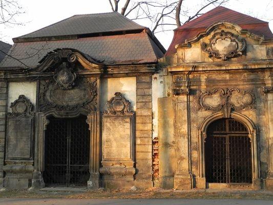 Jelenia Góra. Barokowe groby wokół Kościoła Łaski