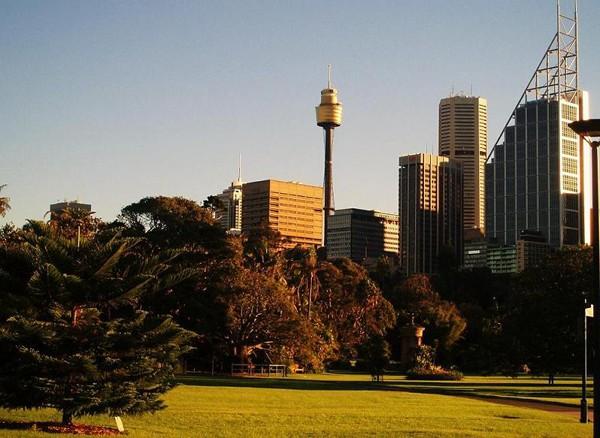 Sydney Przez City wzdłuż George street
