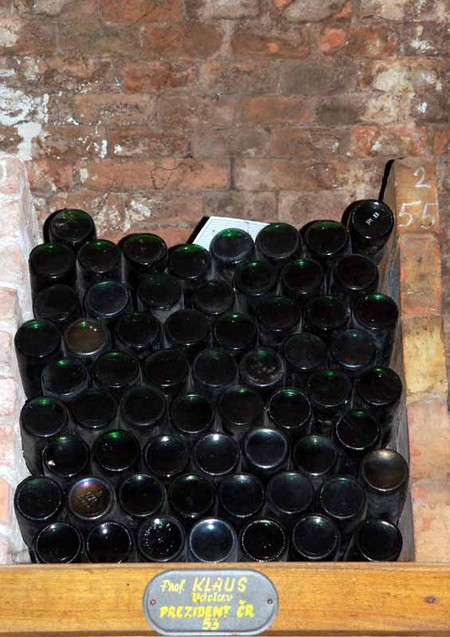 Valtice. W piwnicach winiarskiego giganta