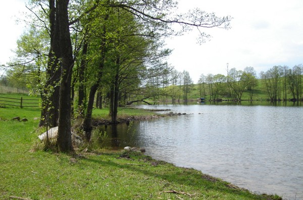 Błaskowizna. Wieś nad jeziorem Hańcza