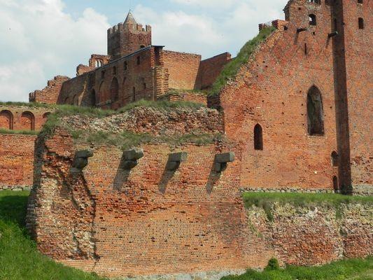 Radzyń Chełmiński Wielka krzyżacka trwała ruina