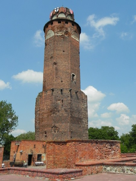 Brodnica. Pod wieżą krzyżackiego zamku