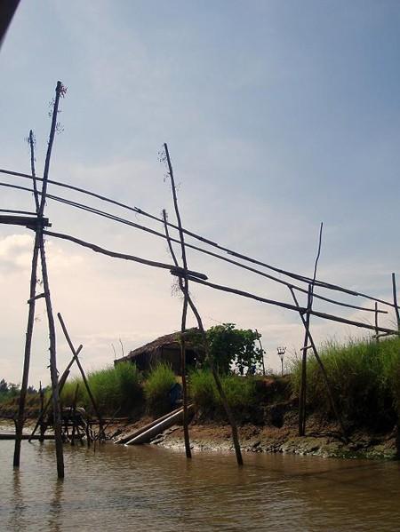 Chau Doc. Łodzią z biegiem Mekongu